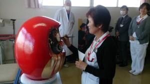 看護部鈴木顧問が最初の一筆。